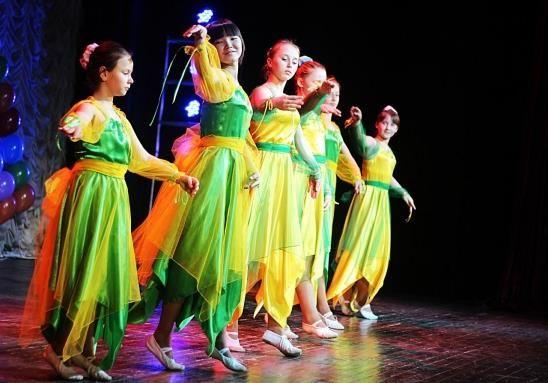 Эстрадные танцевальные костюмы для детей