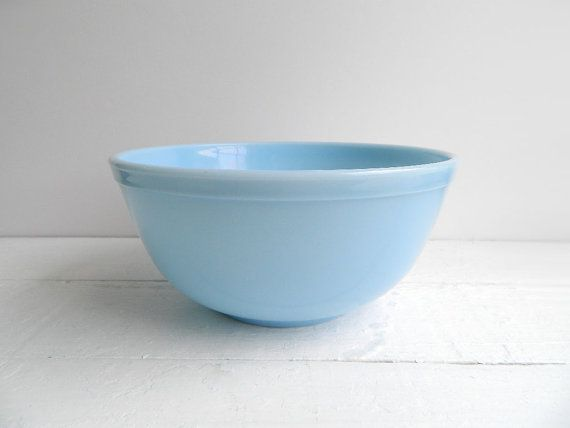 Vintage Pyrex Delphite Bluebell Bowl 403, Midcentury Mixing Bowl, Glass Serving Bowl, Ovenware, Blue Milk Glass