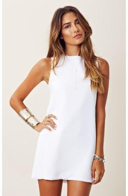 robe blanche silhouette H droite