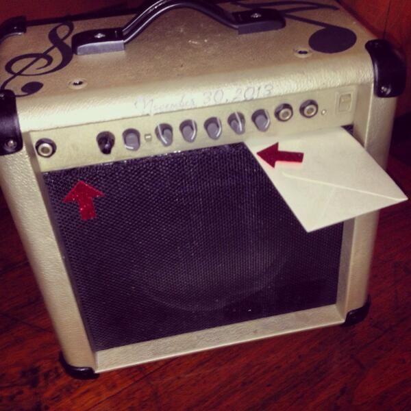 Vintage guitar amp turned wedding gift card box. #diy