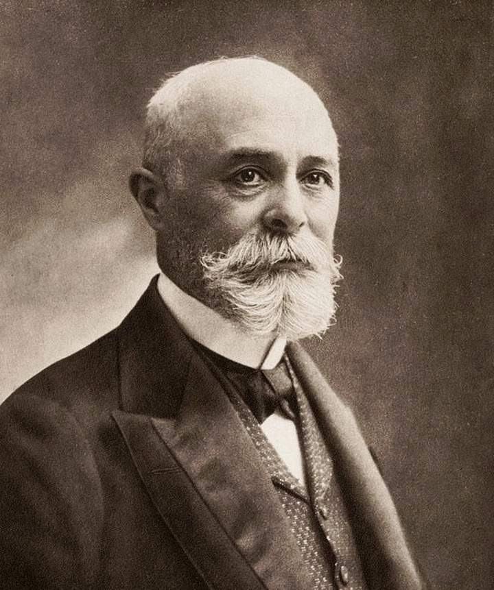 "1903 - Antoine Henri Becquerel – France - ""for his discovery of spontaneous radioactivity"".  Source Wikipedia."