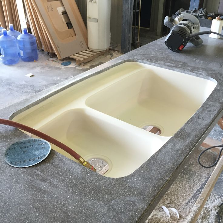 Dupont Corian Solid Surface Countertop In The Middle Of Being Fabricated    This Is A Seamless