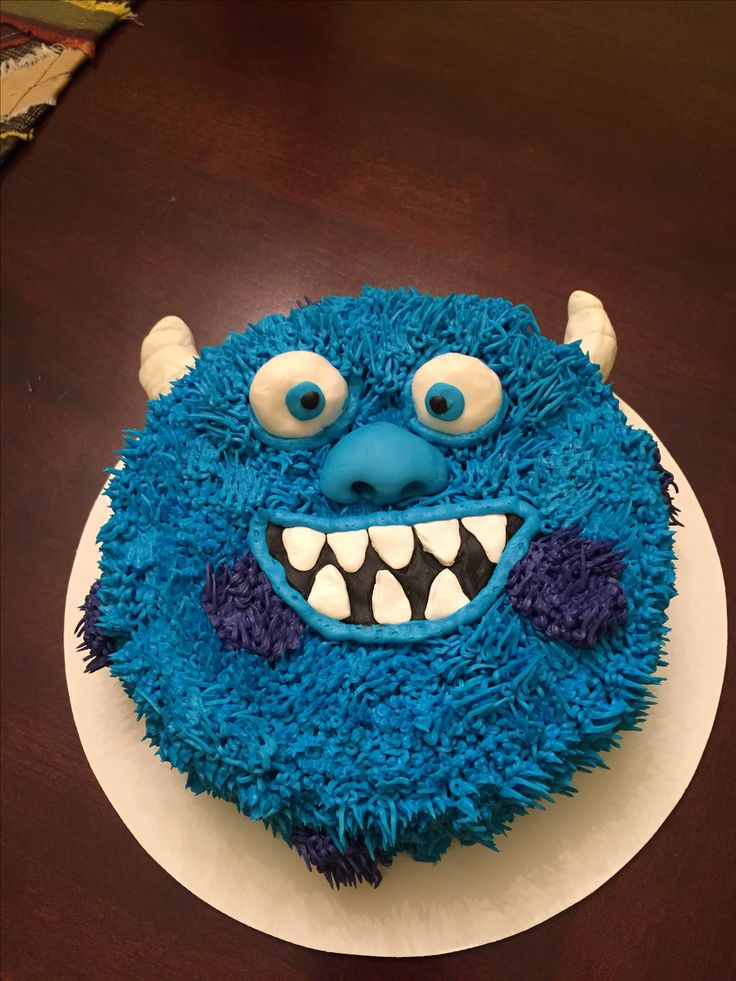 Mini sully cake