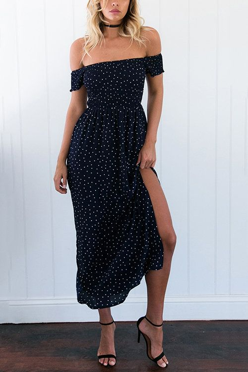 Put on the vintage wave point dress to decorate your overlook. The dress features off the shoulder design, splited hem and short sleeves, showing a beach style. Throw it over a pair sandals and a straw hat.