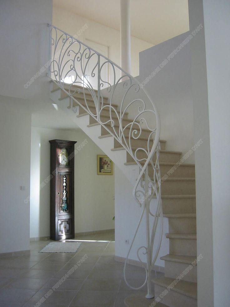 Les 25 meilleures id es de la cat gorie escalier en fer - Hauteur rampe d escalier ...
