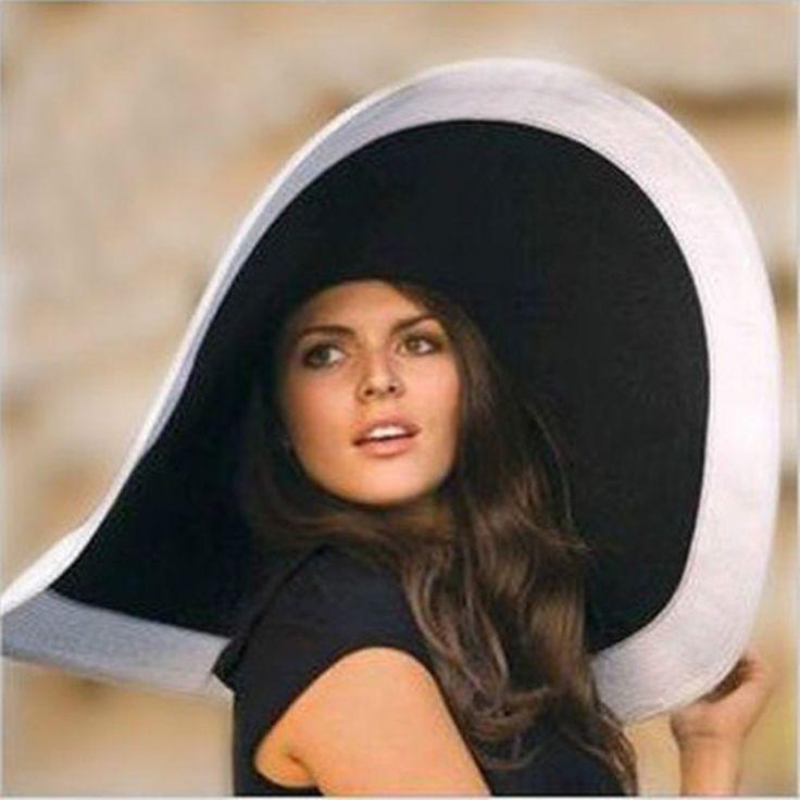 Floppy sun hats for women