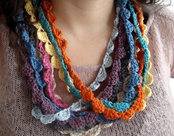 photo crochet necklaces