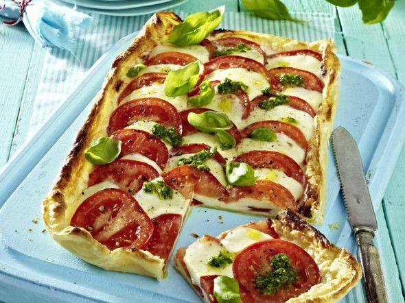 Pizza Caprese mit Pesto Rezept