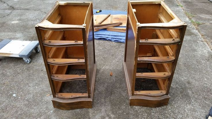 This is not your typical repurposed desk into nightstands. You seriously won't believe the unexpected repurpose of these drawers. #repurposeitchallenge [media_i…