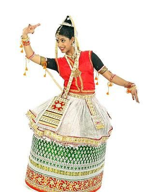 Manipuri is the classical dance from the Manipur region in the North East. Very much religious and associated to Vaishnav cult of Hinduism, the art form primarily depicts episodes from the life of Lord Vishnu. Manipuri dance style is multifaceted and ranges from the softest feminine to the vigorous masculine.