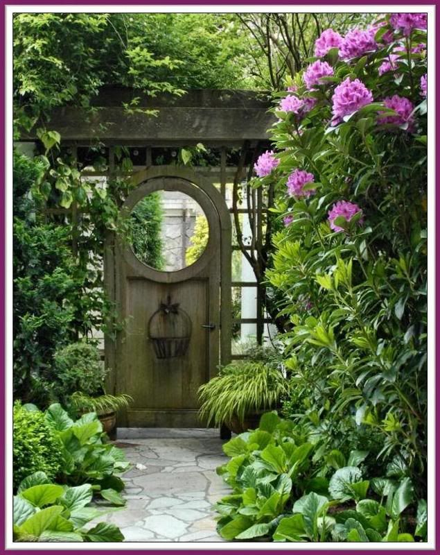 46 best images about doors in the garden on pinterest for How to make a garden gate door