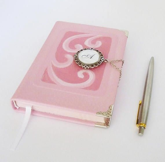 Personlized Journal Pink Leather Diary Writing Journal #pinkjournal #personlizedjournal #customnotebook #leatherjournal #diary #leathergift #leatherart