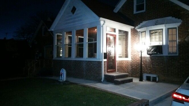 Replaced old sunroom windows with high efficiency R5.6 vinyl windows.  2015s most energy efficient window by Kensington HPP.  Replaced storm door with Andersen 4000 series. Fascia and trim all replaced with vinyl boards.