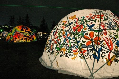 amazing tent project idea. lit up would make finding our way home a piece of cake  www.freepeople.com
