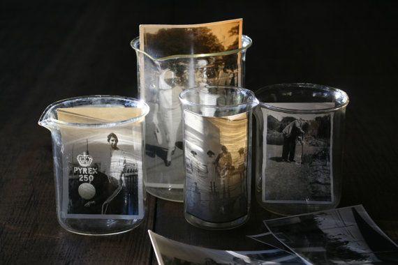 Vintage Pyrex Glass Beakers -  Medical Pharmaceutical Laboratory Scientific Pyrex Science Equipment Set 4