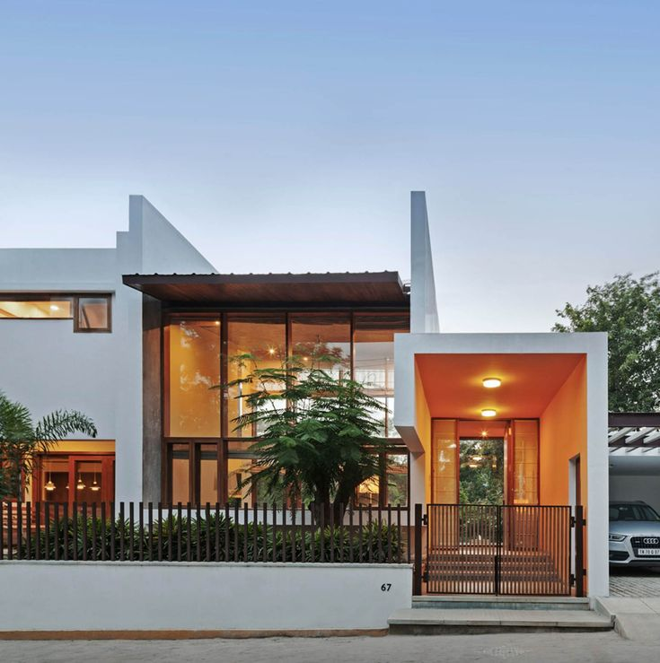 L- Plan House / Khosla Associates