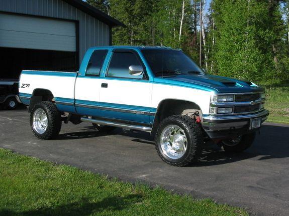 Check out customized DOMIN8R's 1993 Chevrolet Silverado 1500 Regular Cab…