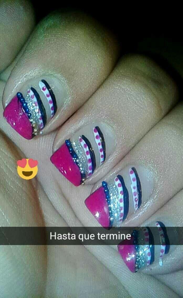 amo las decoraciones de uñas