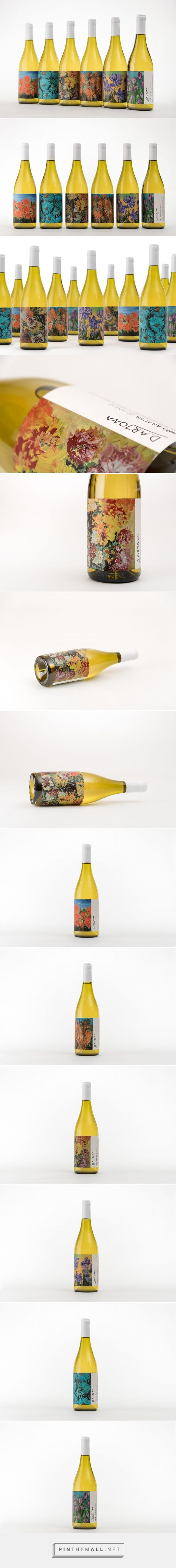 Art and Viña Abades wine packaging design by Buenaventura Estudio - http://www.packagingoftheworld.com/2017/12/art-and-vina-abades.html