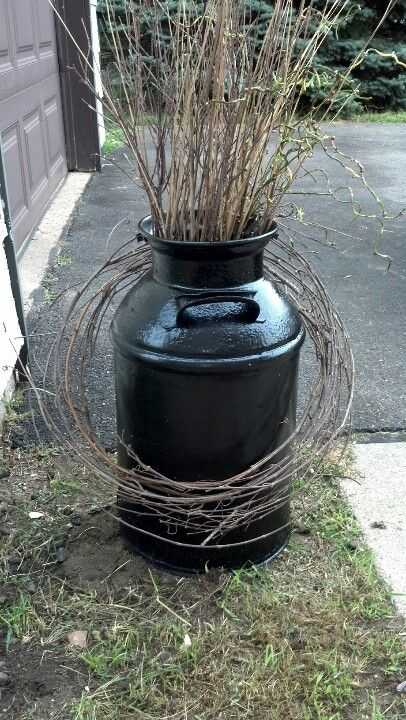 89 best images about milk can repurpose on pinterest for Old milk can decorating ideas