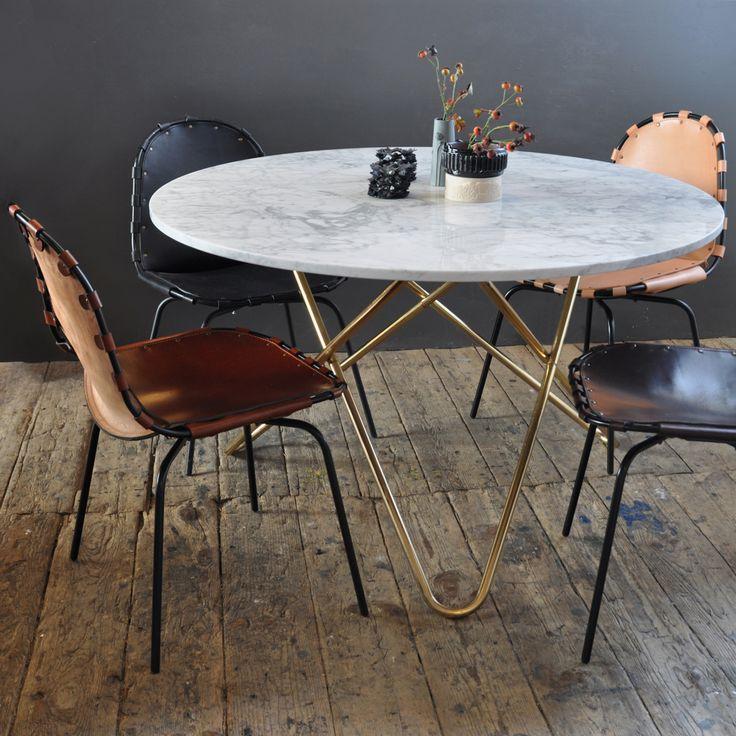 Big O bord fra Ox Danmarq, designet av Dennis Marquart. Et flott spisebord med myke og runde former....