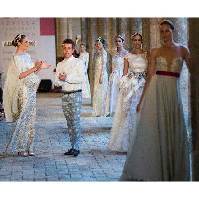 #ENERGIA015 by Alejandro Postigo #SIQ15 Gracias a la espctacular @jessica_bueno por acompañarme!  #SIQ #moda #couture #dress #diseño #madeinspain #models #designer #fashion #style #stylish #love #TagsForLikes #me #architecture #arquitectura #archilovers #art #beautiful #love #pretty #imagen #arkitektur #seville #spain #fashiongirl #totallook #modanupcial