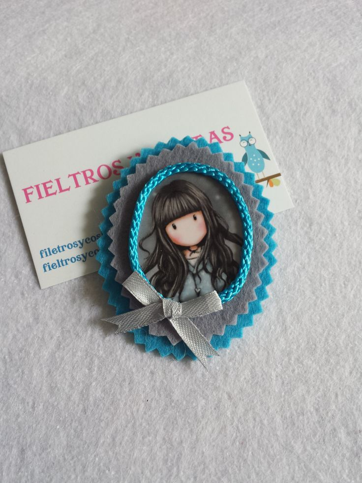 BROCHE FIELTRO GORJUSS
