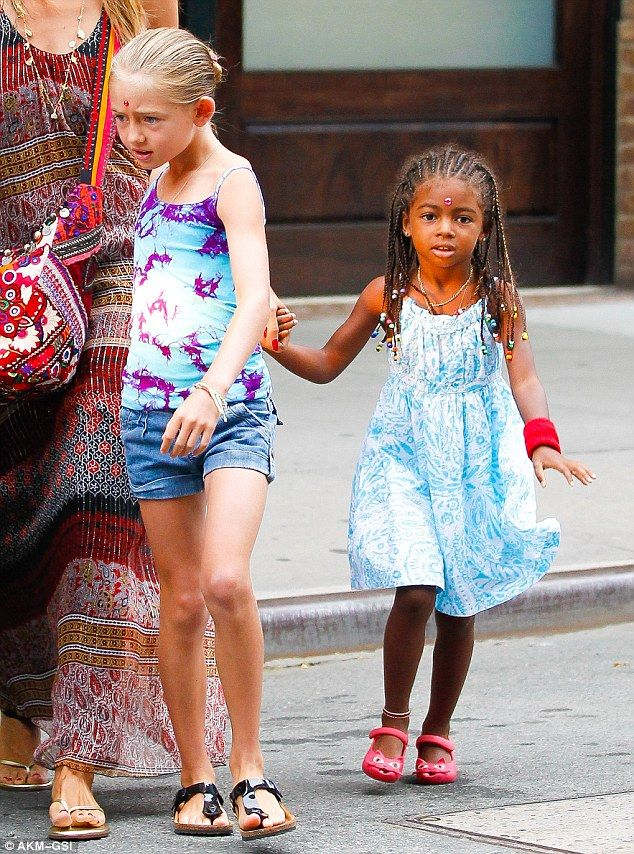 heidi+klum+children+pictures | World travellers: The youngsters both sported sparkling red bindis on ...