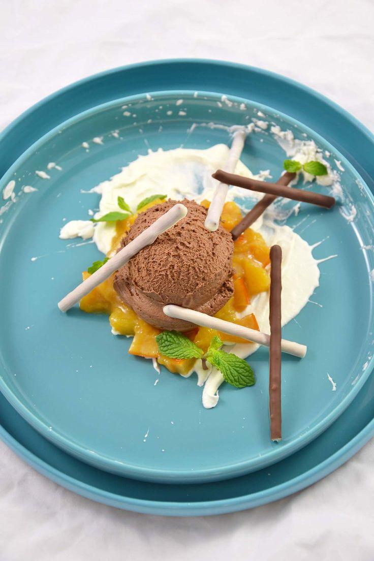 irre kochen irre-kochen food blog, SupperClub Köln, lecker, hüftgoldundlametta, Weihnachtsmenü, 2017, Dessert, Mousse au Chocolat, Orange, Kompott, Salzstangen