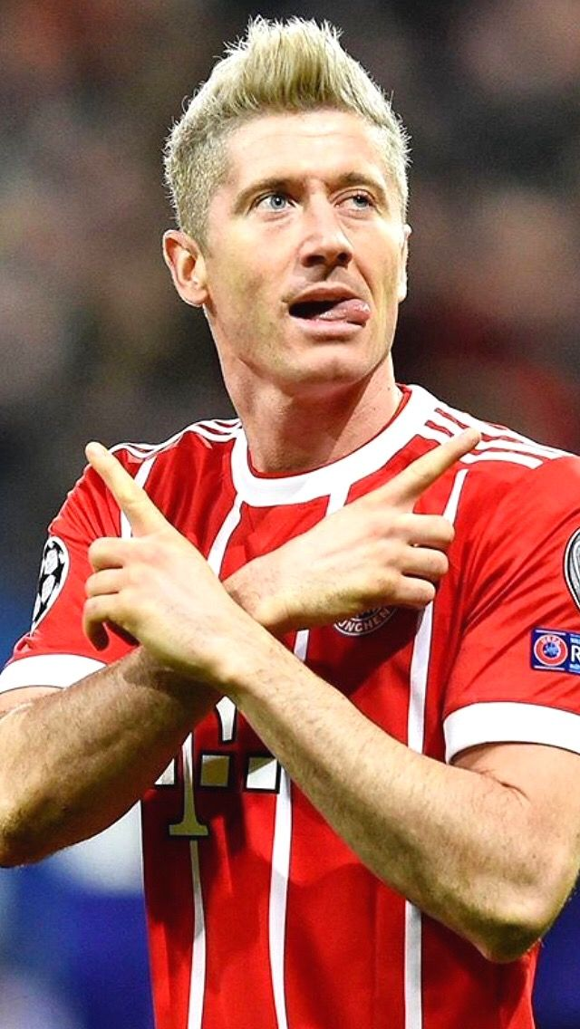Best 25 Lewandowski Ideas On Pinterest Robert Lewandowski Fc Bayern Munich And Man Utd Megastore