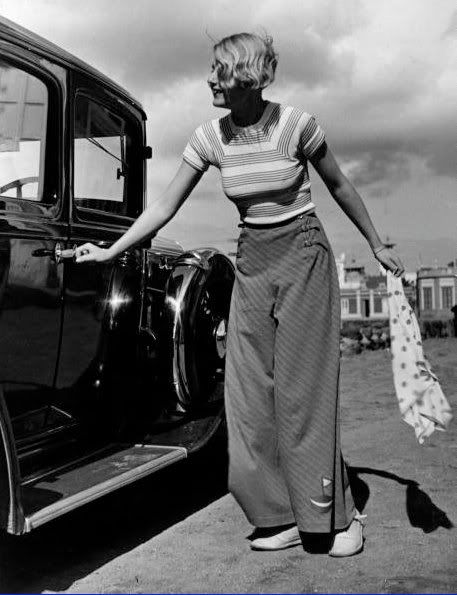 1930s Striped t-shirt and wide-legged trousers - note that sail boat applique on the hem!Fashion 1930S, Vintage, 1930S Women, 1930S Fashion, Wide Legs, 1930 S, Wideleg Trousers, 1930S Trousers, 1940