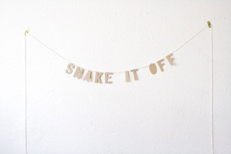 kraft paper banner, SHAKE IT OFF - handmade, party banner, home banner, word banner, paper goods, home decor, kraft banner, taylor swift by everglowhandmade on Etsy https://www.etsy.com/listing/239178019/kraft-paper-banner-shake-it-off-handmade