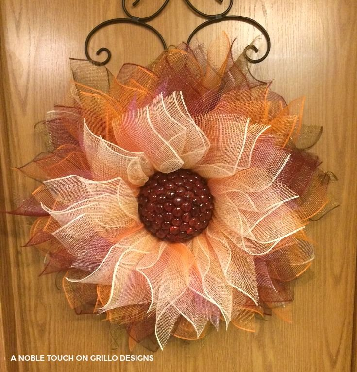 step by step tutorial for a deco mesh flower wreath