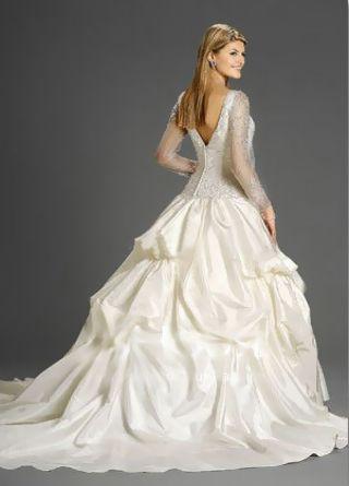 Hochzeitskleider mit Ärmel: http://www.brautkleid-brautkleider.net ...