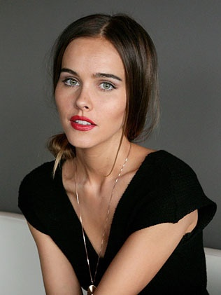 Isabel Lucas loving red lips