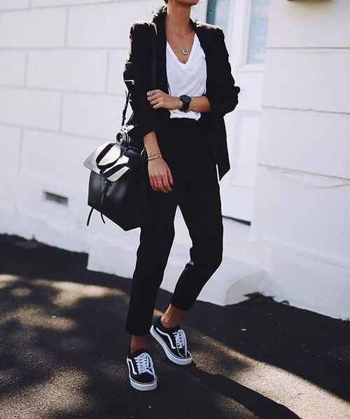 1000  ideas about Black Jacket Outfit on Pinterest | Flat shoes