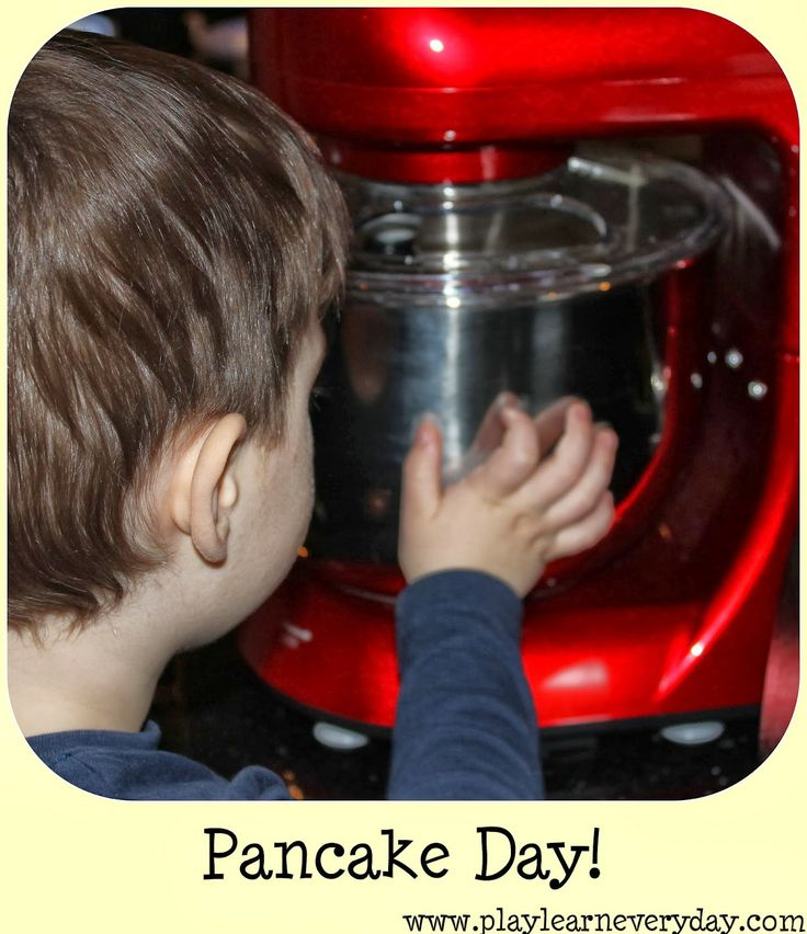 Play & Learn Everyday: Happy Pancake Day!