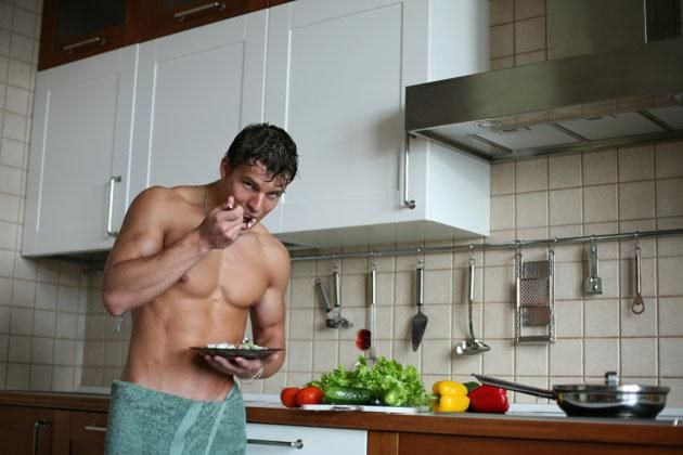 Crush Your Resolution: 4-Week Muscle-Building Diet Plan