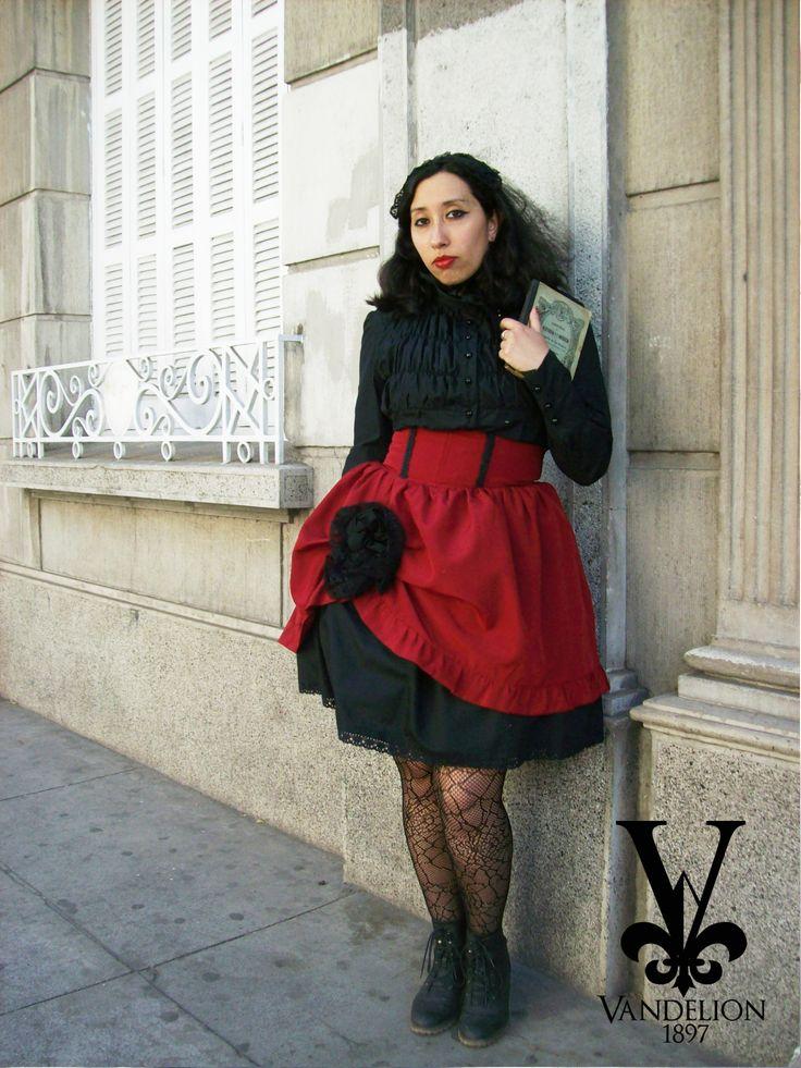 Blouse, headdress, skirt by Vandelion 1897 Model: V.K Muñoz (VladiNoctem)