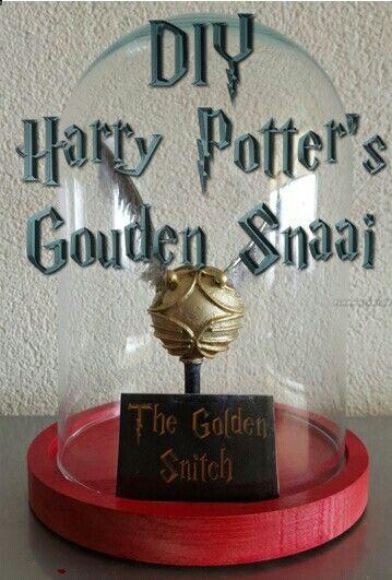 Het maken van Harry Potter's Gouden Snaai met huis, tuin en keuken middelen... https://youtu.be/3b_sdzCAkuA