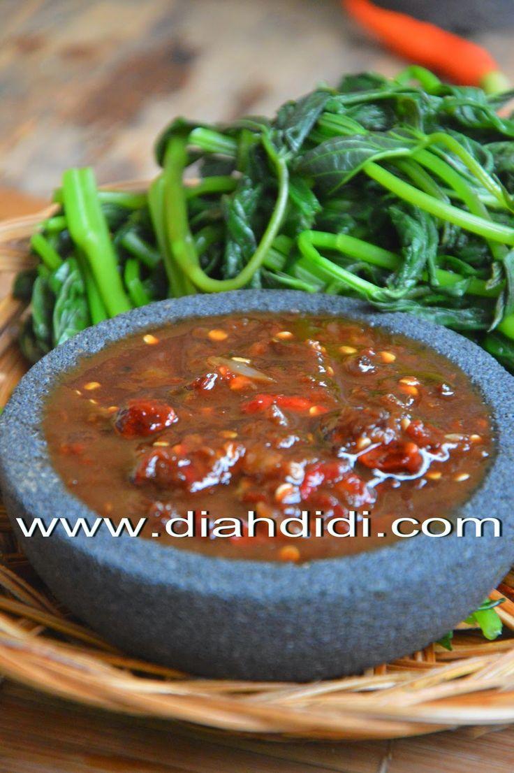 Diah Didi's Kitchen: Brambang Asem Daun Glandir