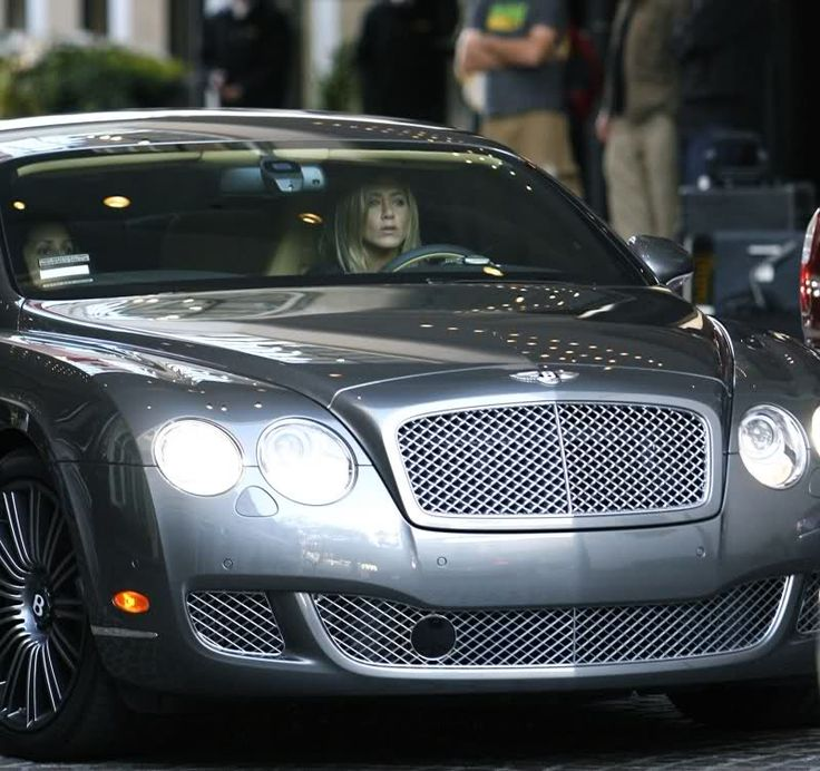 Jennifer Aniston Net Worth - How Rich is Jennifer Aniston  #JenniferAniston #networth http://gazettereview.com/2016/07/jennifer-aniston-net-worth-rich-jennifer-aniston/