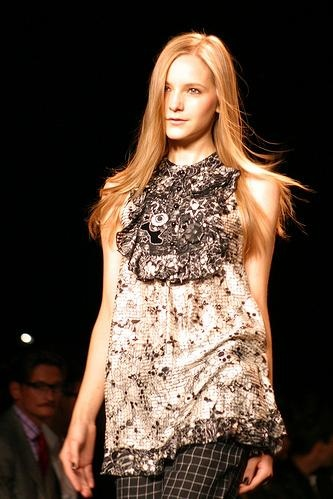 by Anna Sui - stylist: Anna Sui