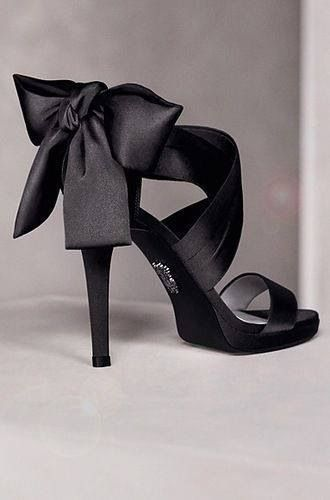 Black Bow Pumps ♠ Vera Wang