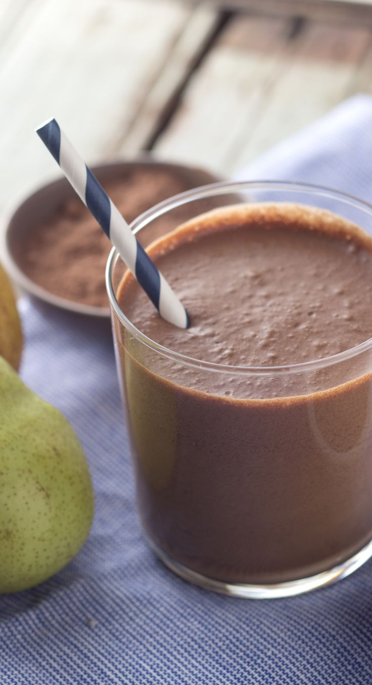 Treat yourself to this chocolate-pear smoothie.