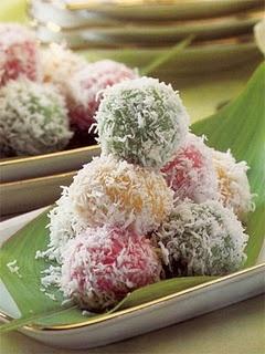klepon (snowball cake) #indonesianfood