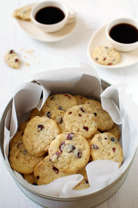 cranberry white chocOlate oat biscuits