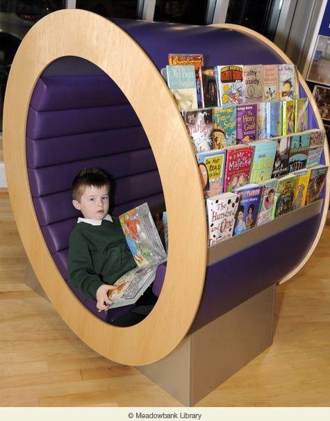 lijkt op die van de bieb in Arnhem. Kinderen zitten er graag in te lezen, maar met wat dekens en kussens is het ook een superhut!