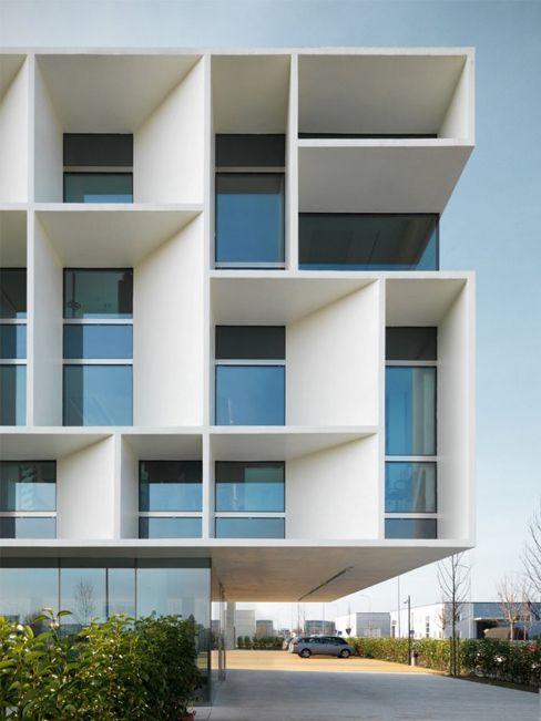 Bentini Headquarters / Piuarch Architecture, Faenza/Italy