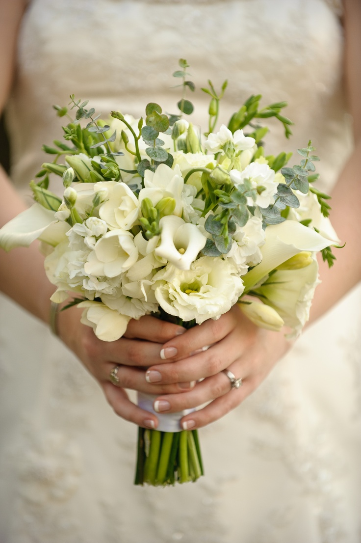 21 best images about bouquets on pinterest the oc hydrangeas and find this pin and more on bouquets ivorywhite wedding izmirmasajfo Choice Image